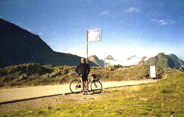 Max al Passo Nufenen
