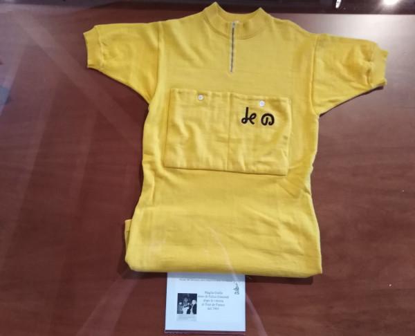 la maglia della vittoria al Tour di Felice Gimondi